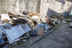 _SSB4285 (Edson Grandisoli. Natureza e mais...) Tags: regiãosudeste lixo resíduo irregular ilegal rua descaso zonaurbana poluição sólido
