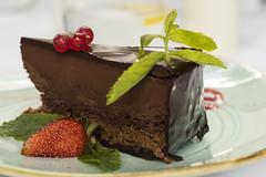 Chocolade cake (aleksandragórecka1) Tags: cake chocolade strawberry strawberies brownie 80d plate birthday dessert sweets