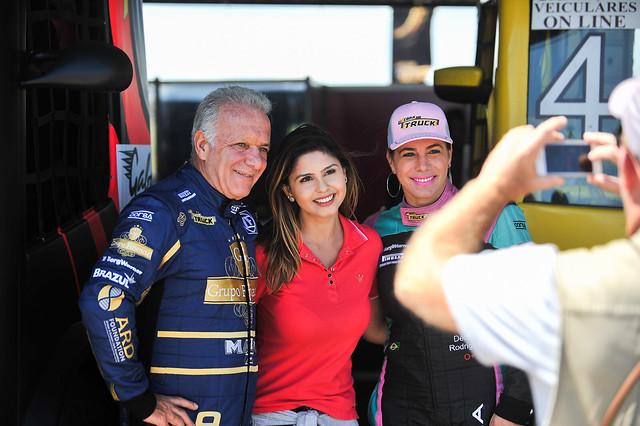 Renato Martins e Debora Rodrigues - Foto: Duda Bairros/Copa Truck