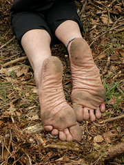 Natural soles (Barefoot Adventurer) Tags: barefoot barefooting barefoothiking barefooter barefeet barefooted baresoles barfuss anklet soles strongfeet stainedsoles woodland wrinkledsoles woodlandsoles callousedsoles connected heelcracks toughsoles leathersoles leathertoughsoles leathertoughsole toes texture earthsoles earthing earthstainedsoles arches arch ankles ruggedsoles roughsoles healthyfeet happyfeet hardsoles naturalsoles naturallytough
