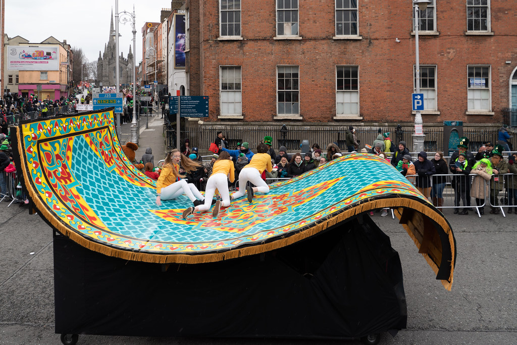 ARTASTIC - TICK TOCK OF THE FAMILY CLOCK [DUBLIN PARADE 17 MARCH 2018]-137716