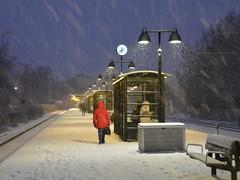 snowing on farsta strand station platform (Mister.Marken) Tags: nikond5200 winter snow trainstation farstastrand red