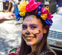 Regards du Mexique - 4/? (dominiquita52) Tags: mexique portrait femme woman mujer coiffure hairstyle sourire smile couleurs colours