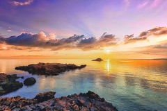 September (Gio_ guarda_le_stelle) Tags: sunset seaside sea water tramonto mare cool onde waves lento
