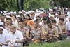 melasti ceremony 2018 (Iwan Madari) Tags: madariphoto madariphoto2018 semarangindonesia semarang2018 canoneos1000d humaninterest hindubali hinduism balinese baliculture culture marinabeach melasti