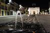 Zampillo d'acqua (giovanni_vaccaro) Tags: padova portaportello notte canon canon1300d canon1855 zampillo piazza acqua atmosfera veneto italia