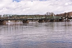 Crossing the Delaware (brev99) Tags: d610 tamron28300xrdiif newhope pennsylvania lambertville newjersey ononesoftware on1photoraw2018 colorefex dxooptics11 cacorrection bridge delawareriver