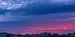 Heterocromía ante las antenas (amofer83) Tags: 2017 diciembre atardecer barrio calle coches exterior navidad street sunset vida cartagena regióndemurcia españa es