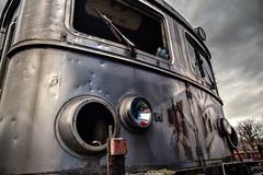 Broken Window (Tristan VANDENBERGHE) Tags: hdr train france