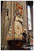 Trois p'tits tours et puis s'en vont (Jean-Marie Lison) Tags: eos80d sigmaart bruxelles église notredamedusablon statue sculpture