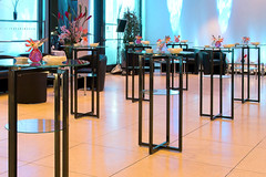 Cocktail-Table_SET_70_im_Bundestag (Andy Mannhart AG) Tags: andy mannhart ag buffet solution buffetpresentation hotelopenings hoteldesign a moxy marriott hilton element boutiquehotel urbancityhotel interior design
