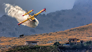 Canadair on action!