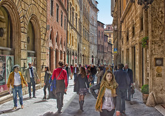 Via Bianchi di Sopra, Siena (Ray in Manila) Tags: italy sienna eos650d efs24mm viabianchidisopra people lady woman man street hotel grandhotelcontinental medieval historical architecture tuscany scarf skirt boots jacket europe italian
