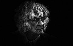 *-/ (dagomir.oniwenko1) Tags: oldwoman portrait person woman wrinkles portret people portraits canon candid canoneos60d blackandwhite bw street style england eyes southrauceby