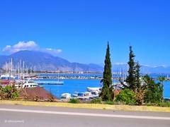 Finike, Antalya iline bağlıdır. Portakalları ile ünlü Finike tarihle, doğa ve denizin birleştiği bir turizm beldesidir. Portakalları ile tanınan kent, Limyra kenti kalıntıları ve Arykanda antik kenti kalıntıları ile ilgi görmektedir. Tarihçe:Finike M.Ö. 5 (teknisyenarif) Tags: finike liman fenike arykanda marina