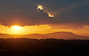 Tramonto semplice (maurocampanelli) Tags: tramonto sunset semplice simple confine border marche romagna sole sun luce light raggi rays nuvola cloud collein hills arancio orange