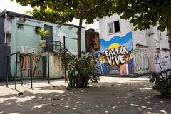 _EDU4225 (Radis Comunicação e Saúde) Tags: produção de capa resistência matéria por luiz felipe stevanim favela parque alegria grafite grafiteiros thiago taif diego azeredo revista radis 187 comunicação e saúde