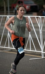 Nice Form (Scott 97006) Tags: woman race racing running competition pretty