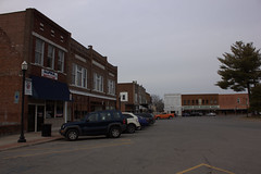 Benton, IL 02 (Christopher Elliot Taylor) Tags: 1052 outdoors road street townsquare town city bentonillinois southernillinois illinois smalltown places travel tourism canont1i affinityphoto