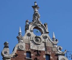 Kraków-Kamienica Pod Pająkiem (marek&anna) Tags: polska poland kraków cracow karmelickastreet building spider architecture clock sundial underthespider
