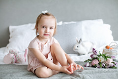 Nastya (Yulchonok) Tags: child girl portrait 50mm spring rabbit people