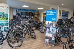 Resibike Giantstore- (Rudi Kockelbergh) Tags: giant resibike fiets fietsen fietsenwinkel