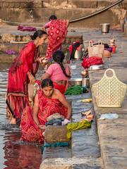 LR Madhya Pradesh 2018-2240260 (hunbille) Tags: birgittemadhyapradesh20181lr ghat ahilyabai ghats ahilyabaighat india madhya pradesh madhyapradesh maheshwar narmada river holy ahilya