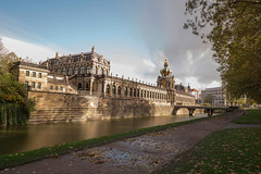 Dresden (Henry der Mops) Tags: mg2784 dresden zwinger sachsen saxony mplez henrydermops canoneos6d canonlens100400mm langzeitbelichtung longexposure