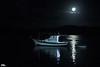 Super blue blood moon and boats (Otacílio Rodrigues) Tags: barcos boats água water mar reflexos reflections noite night lua moon superlua supermoon cabofrio brasil oro nature natureza