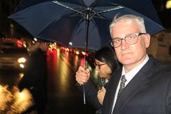 IMG_4178 (Mud Boy) Tags: nyc newyork brooklyn downtownbrooklyn clay clayhensley clayturnerhensley joyce joyceshu umbrella