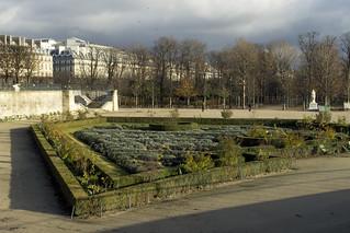 F_Jardin_des_Tuileries_Paris_01