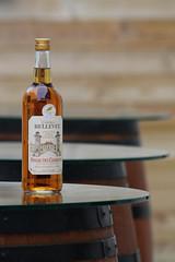 Je mets combien de verres ? (NUMERIK33) Tags: barrique pineau charente maritime france bellevue chateau talmont