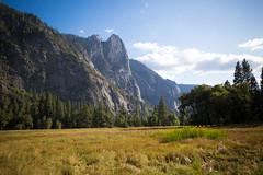 Yosemite.Village.20170924.001.2600p (l.dardennes) Tags: yosemite yosemitenationalpark california usa canoneos7dmarkii yosemitevalley étatsunis us sigma1750mmf28