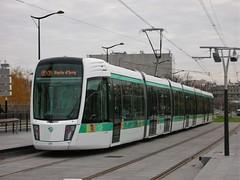 Paris, Boulevard des Maréchaux 22.11.2006 (The STB) Tags: paris tram tramway strassenbahn strasenbahn tranvía publictransport transportpublic öpnv citytransport