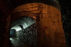 La lumière au bout du tunnel (_Oryx) Tags: carriere kta parisbynight exploreyourcity calcaire exploration lumiere ombre arches plaque consolidation