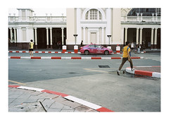 Colored street (Anis Binkason) Tags: leicam6 leica rangefinder kodak portra160 film filmphotography 135film distagon distagon35mmzm zm street streetphotography bangkok thailand color life people
