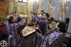 Богослужения Недели Крестопоклонной