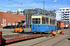 Abladung im Betriebshof 2: Der Heidelberger erreicht wieder Münchner Gleisnetz (Bild: Klaus Onnich) (Frederik Buchleitner) Tags: 721 anlieferung jwagen ksw kriegsstrasenbahnwagen munich münchen schwertransport strasenbahn streetcar tram trambahn