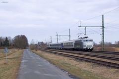 "103 222 ""RADVE"" mit Überführung - 17.03.2018 - Diepholz (D) (Frederik L.) Tags: db bahn zug eisenbahn güterzug baureihe 103 lok lokomotive diepholz bahnhof rollbahn altbau rail adventure"