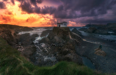 ultimas luces en la ermita (ALFONSO1979 ) Tags: sky landscape new sunset sunrise river expo orange world photo paisajes rocks sea scape clouds trees flickr instragram ermita