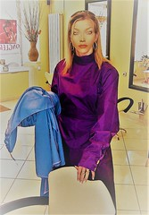 c9 (alannah.myles66) Tags: hairdressing caped capes gowns nylon satin silk haircutting barberette hairdresser blouse kittel friseurumhang