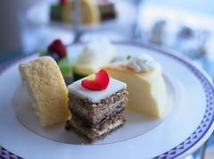 Spring Afternoon Tea - Japanese Collection - (Long Sleeper) Tags: sweets dessert food afternoontea springafternoontea japanesecollection cake cakes hotel marineblue yokohamagrandintercontinentalhotel minatomirai yokohama kanagawa japan dmcgx1