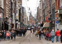 Leidsestraat, 10-3-2018 (kees.stoof) Tags: amsterdam centrum leidsestraat drukte crowded