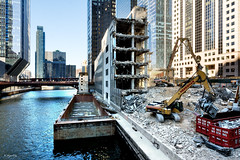 Rise and Fall (Andy Marfia) Tags: chicago loop chicagoriver 110nwacker generalgrowthbuilding demolition demo wrecking d7100 1685mm 180sec f8 iso100