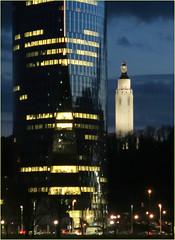 La Tour des Finances et le Mémorial Interallié depuis le Palais des Congrès, Liège, Belgium (claude lina) Tags: claudelina belgium belgique belgïe liège luik tour tower tourdesfinances mémorialinterallié architecture