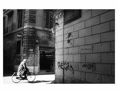 U N T I T L E D  [ R O M A # 3 ] (bruXella & bruXellus) Tags: dellagnello italy italien italie italia rom roma leicax1 blackwhite monochrome