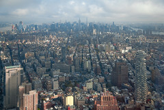 Trip to NYC - October 2017 (db | photographer) Tags: 2017 adobelightroom57 amerique ameriquedunord architecture batiment batiments bottura botturadamien building buildings ciel city clouds d80 damienbottura discovertheworld empirestatebuilding etatsunis etatsunisdamerique exploretheworld fenetres financialdistrict flickrtravelaward glass glasses gratteciel immeubles levédesoleil manhattan newyork newyorkcity nikond80 northamerica nuages ny nyc october2017 octobre2017 oneworldtradecenter onewtc roof rooftop sky skyline sunrise tamron1750mm tamronspaf1750mmf28xrdi toit town travel traveltoamerica traveltonewyork traveltonyc triptonewyork triptonewyorkcity triptony triptonyc unitedstates unitedstatesofamerica ville voyage voyageanewyork wallstreet windows wtc