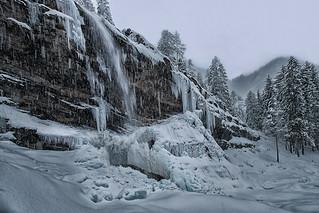 La cascade du Rouget sous la neige