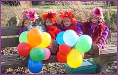 Kindergartenkinder ... habt eine bunte Woche ... (Kindergartenkinder) Tags: kindergartenkinder annette himstedt dolls sanrike tivi gruga grugapark essen karneval fasching annemoni milina