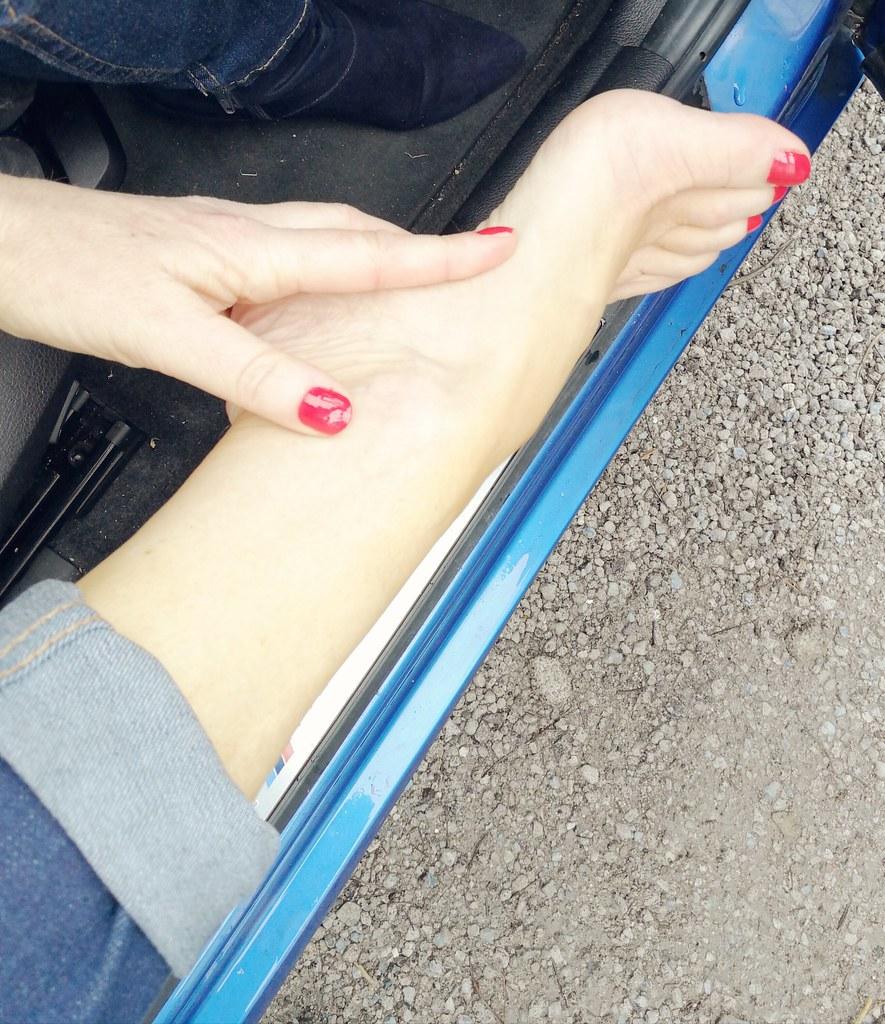 in jeans Lesbian foot fetish